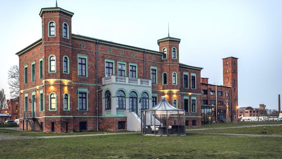 Altes Ölmühlen-Gelände in Wittenberge, auf dem sich im alten Speicher Co-Working-Arbeitsplätze befinden.