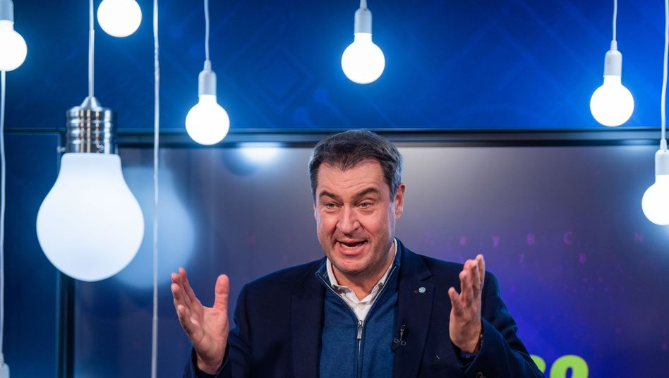 Digital statt analog: Markus Söder auf dem JU-Parteitag