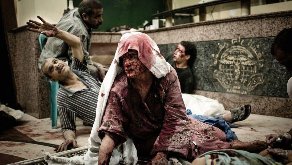 Verwundete Zivilisten in Aleppo: Hundert und mehr Menschen sterben pro Tag