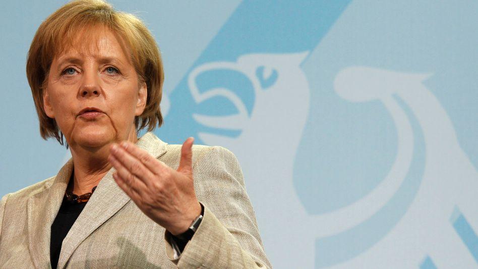 Angela Merkel: Die Kanzlerin muss heftige Kritik aus der FDP einstecken