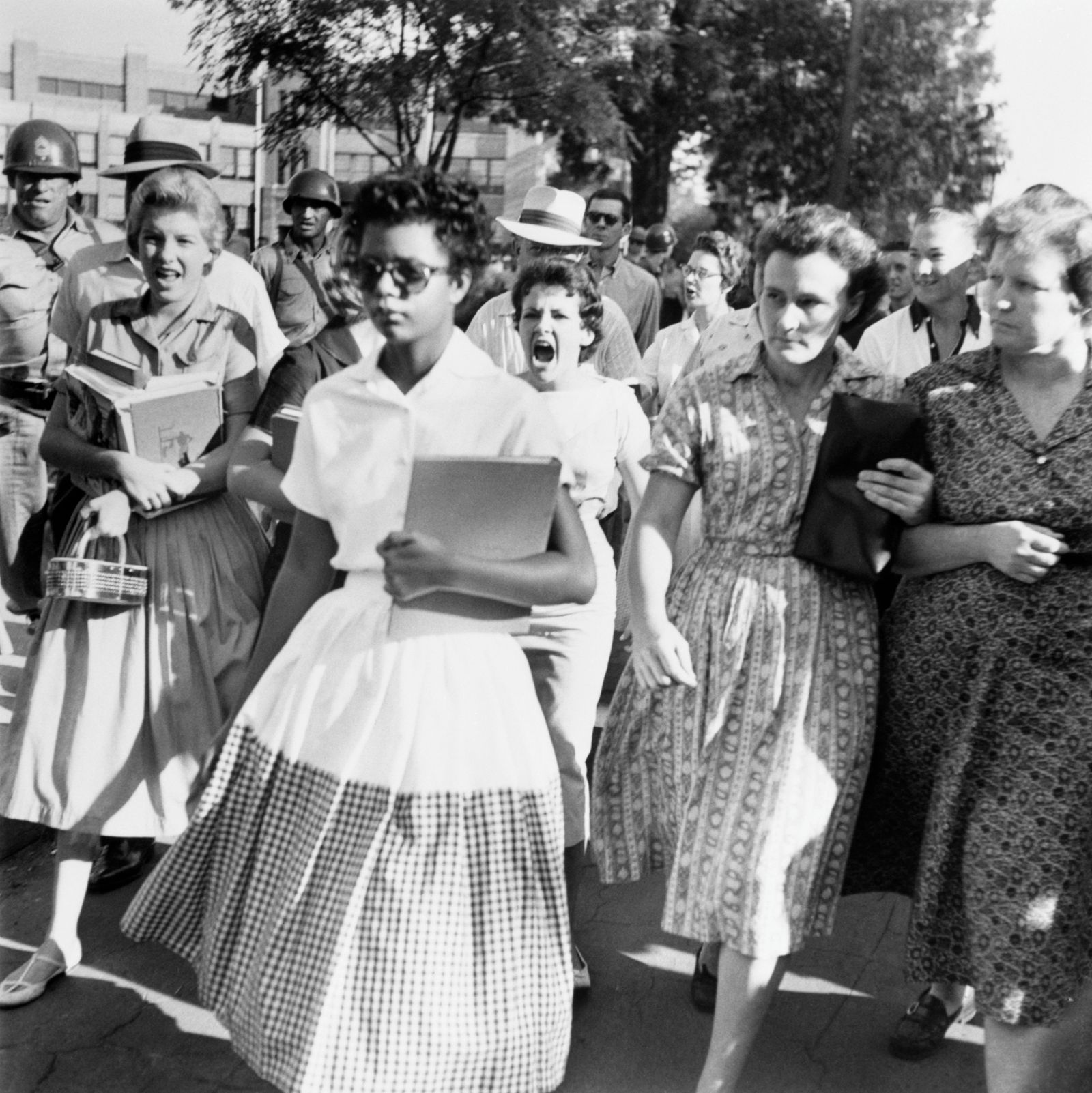 Black Students Integrate Little Rock's Central High School