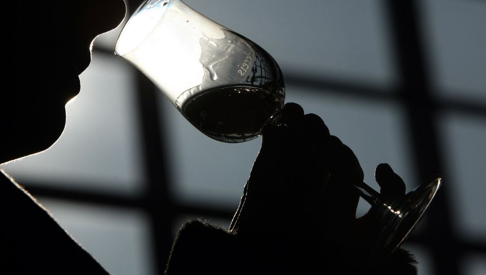 Schnapsidee: Selbst in kleinen Dosen löst Alkohol im Körper Veränderungen aus