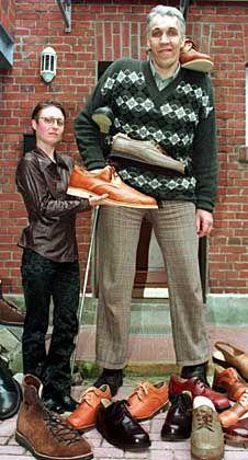 Einer der größten der Welt: Alexander Sizonenko aus Russland, 2,42 Meter