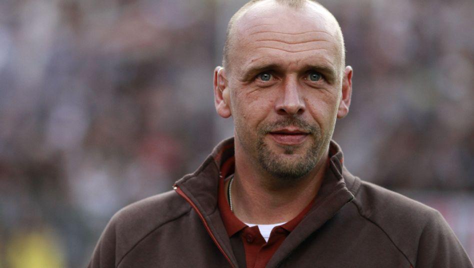 Trainer Stanislawski: Neue Saison, neuer Verein