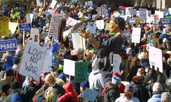 Massenkundgebung gegen den Irakkrieg, 2003