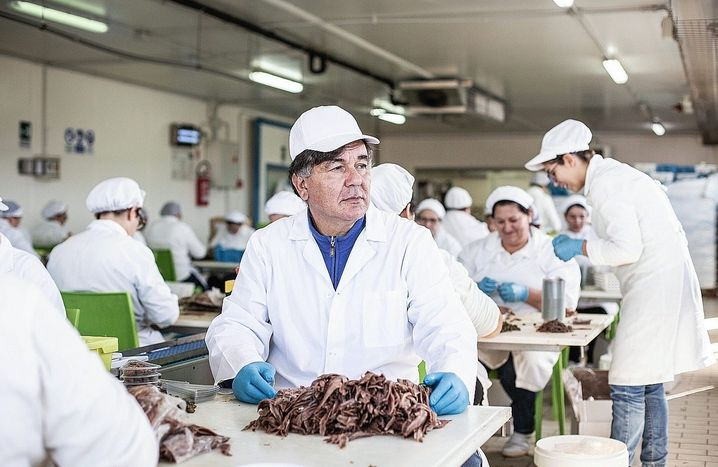 """Michelangelo Balisteri in his sardine factory: """"If you pay protection money, you become a mafioso yourself."""""""