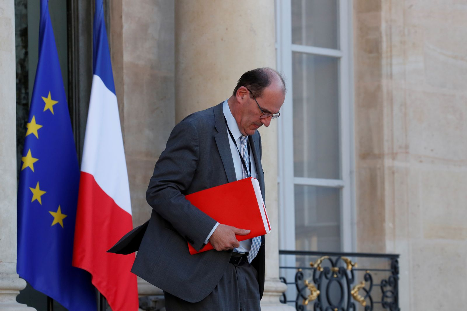 """FILE PHOTO: French government """"deconfinement"""" coordinator Jean Castex leaves the Elysee Palace in Paris"""