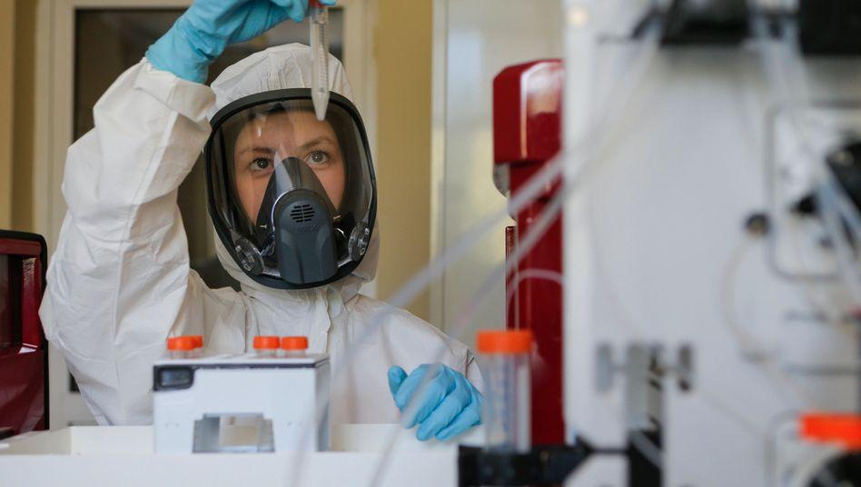 Forschung für einen Corona-Impfstoff in Russland (Archivbild)