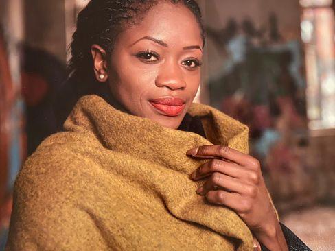 """Ndey Bassine Jammeh-Siegel, 33, Mutter eines Jungen, Sozialarbeiterin/Sozialpädagogin in einem feministischen Projekt, aktiv in Vereinen und Gründerin des Instagram-Accounts """"Afrokids Germany""""."""